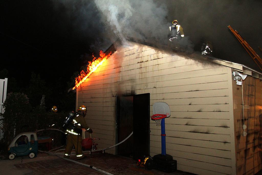 LAFD_STRUCT FIRE_ BURBANK BLBD GARAGES___07