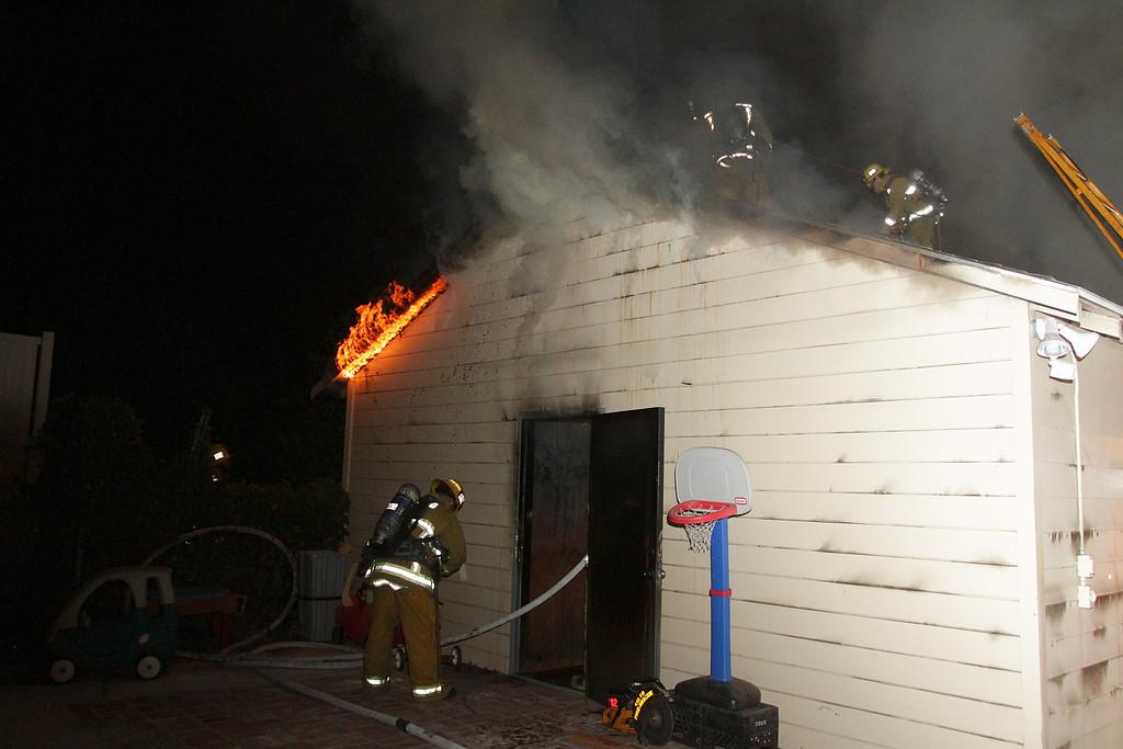 LAFD_STRUCT FIRE_ BURBANK BLBD GARAGES___06