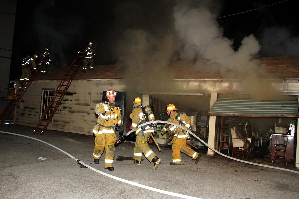 LAFD_STRUCT FIRE_ BURBANK BLBD GARAGES___02