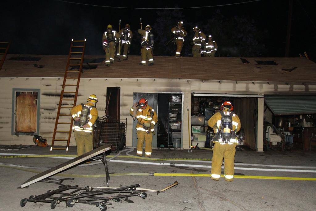 LAFD_STRUCT FIRE_ BURBANK BLBD GARAGES___18