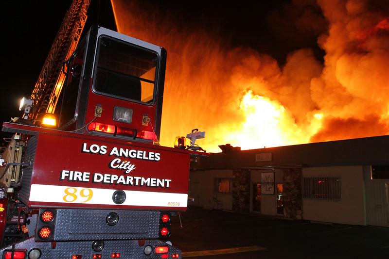 LAFD_STRUCT FIRE_SATICOY IC__012