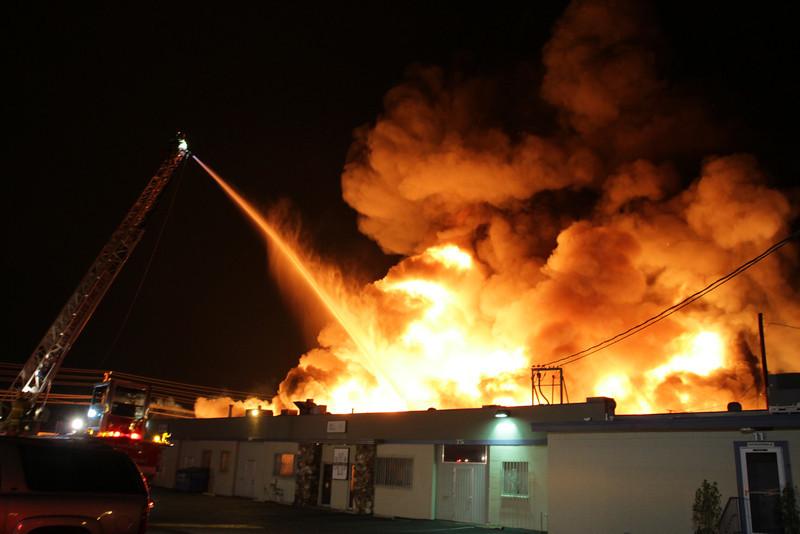 LAFD_STRUCT FIRE_SATICOY IC__006