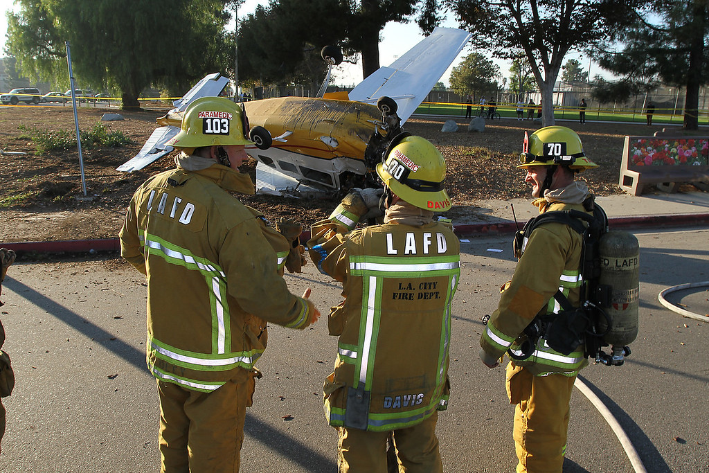LAFD_AIRPLANE DOWN__50