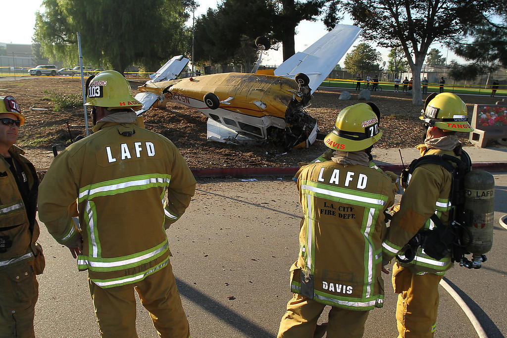 LAFD_AIRPLANE DOWN__51