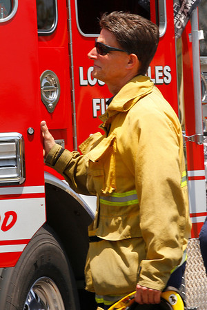 LAFD_ STRUCT FIRE_LAUREL CANYON & WEDDINGTON
