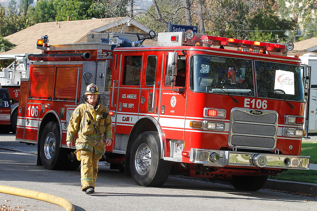 LAFD_STRUCT FIRE 23062 BALTAR__14