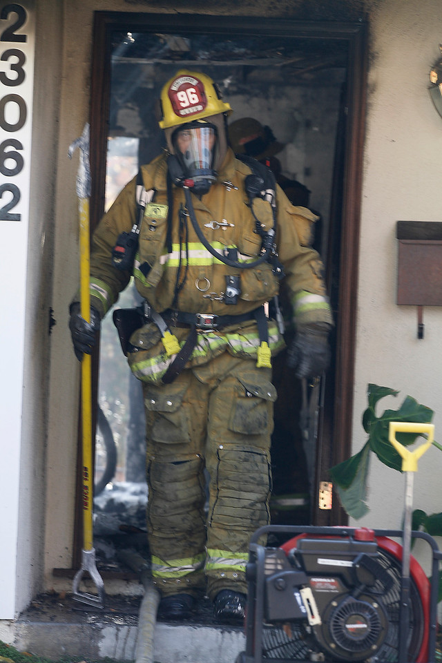 LAFD_STRUCT FIRE 23062 BALTAR__24
