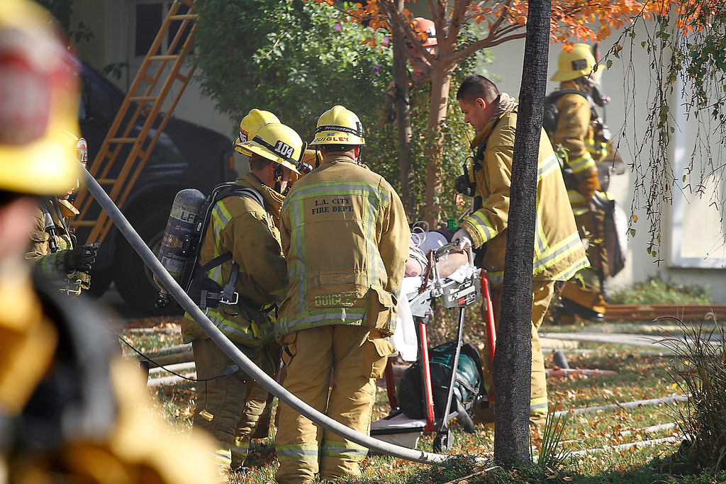LAFD_STRUCT FIRE 23062 BALTAR__46