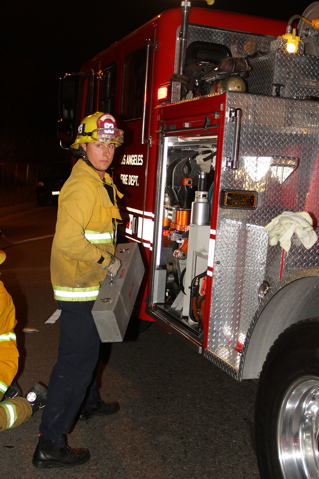 LAFD_TC 6030 WINNETKA__17