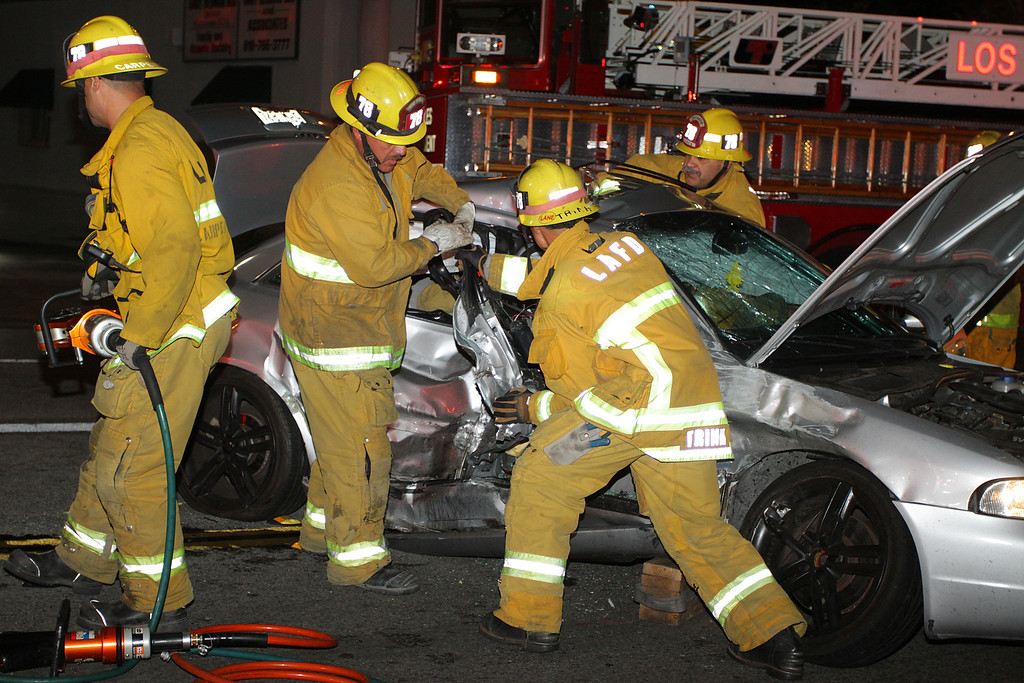 LAFD_TC_MAGNOLIA & COLDWATER CANYON___04