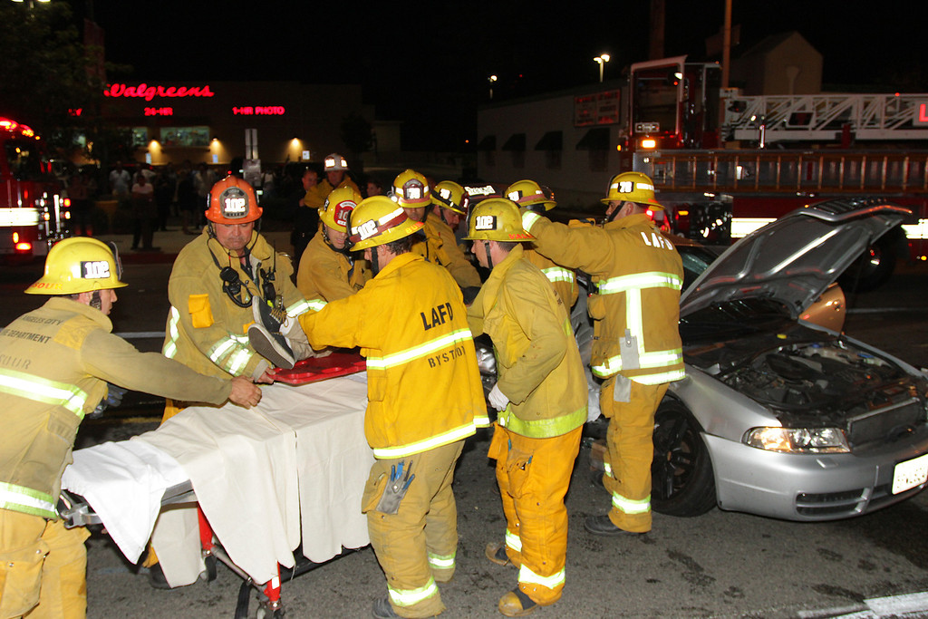 LAFD_TC_MAGNOLIA & COLDWATER CANYON___11