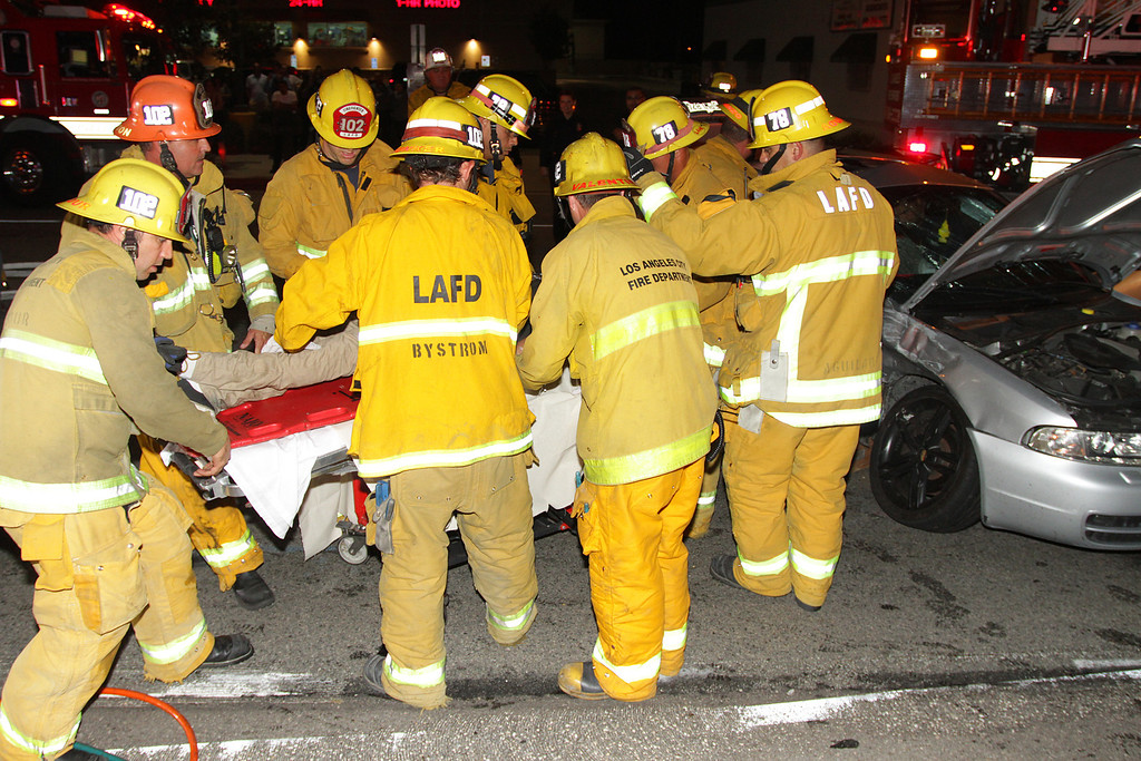 LAFD_TC_MAGNOLIA & COLDWATER CANYON___12