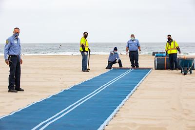 Venice Beach Mat Rollout