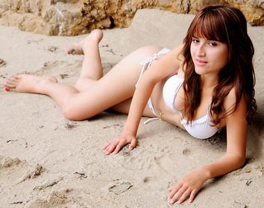 beautiful woman swimsuit model malibu bikini 056.45.45.