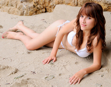 beautiful woman swimsuit model malibu bikini 0514.56.45.6