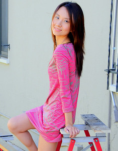 beautiful woman model red dress 137.34.34.334