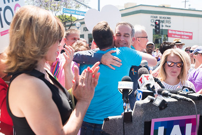 A proud moment between Los Angeles Mayor Garcetti and CSW/LA Pride Board President Estevan Montemayor