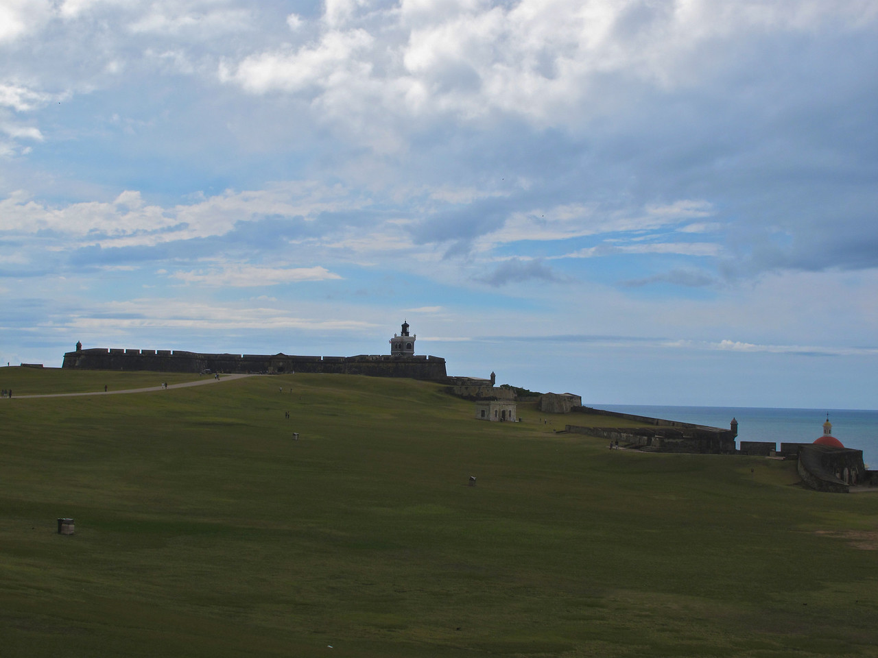 El Morro's last active fight occurred during a naval bombardment by the United States Navy during the 1898 Spanish-American War. Ending the age of naval warfare in the Caribbean, at least in the classical sense. During the Spanish-American War, the castle was attacked at least three times by American naval forces, the most major of which being the Bombardment of San Juan on May 12, 1898.<br /> The short war ended with the signing of Treaty of Paris. Spain ceded ownership of the islands of Puerto Rico, Cuba, Guam, and the Philippines to the United States.