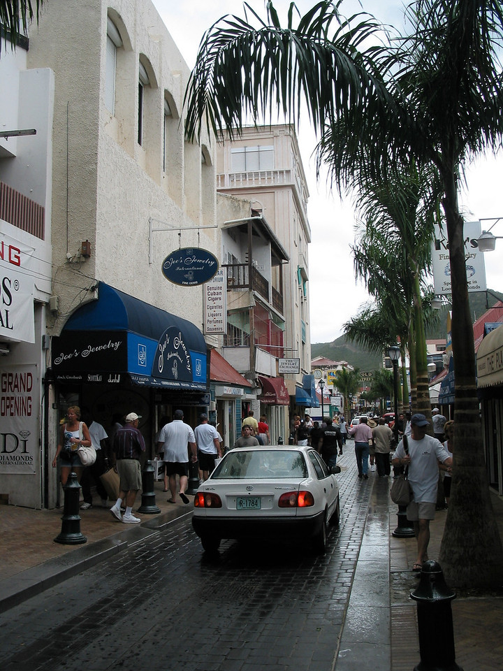 The main cities on the dutch side is Philipsburg and the Dutch side is more heavily populated overall.  Front Street is the main shopping area and is a very narrow street.