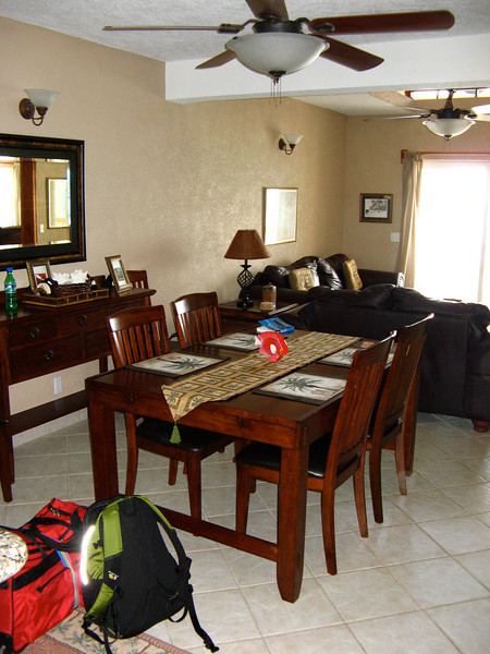 Dining room in between the living room and kitchen.
