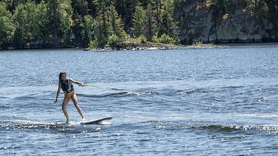 Hannah Paddle board Surfing