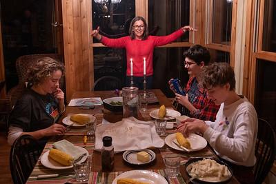 Shabbat dinner ast the lake