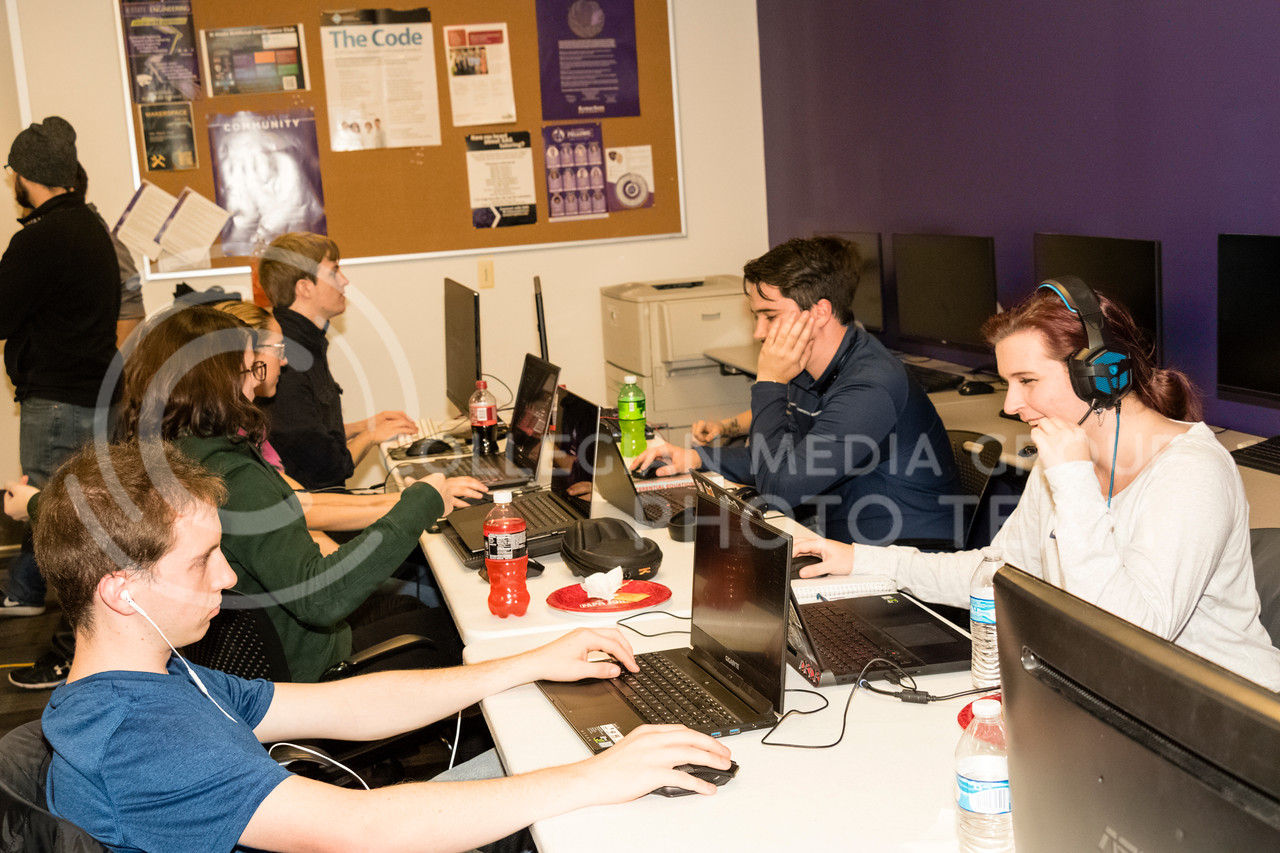 Students play Dont Starve Together at a Local Area Network (LAN) party on Dec 1, 2017. The Association for Computing Machinery (ACM) and Sponsor Suftek put on a LAN Party at the College of Engineering on Dec 1, 2017. (Alex Shaw | Collegian Media Group)