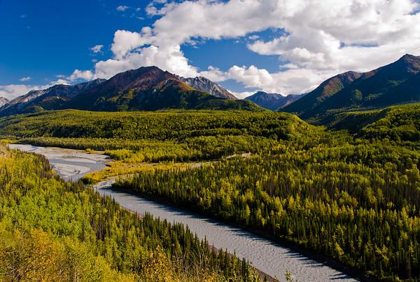 Matanuska River near the Glenn HIghway east of Palmer, Alaska.