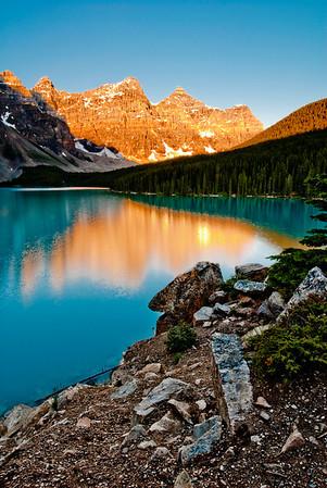 Sunrise on Moraine Lake