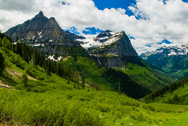 View from The-Going-To-The-Sun Highway approaching Logan Pass - II