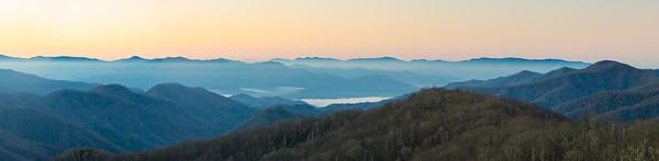 newfound gap, great smokey mountains national park, appalachian, tennessee,  north carolina, sunrise, blue ridge,