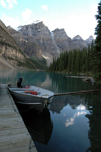 Moraine Lake in the Valley of Ten Peaks<br /> Banff National Park