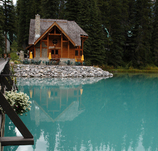Emerald Lake Lodge restaurant<br /> Yoho National Park, BC