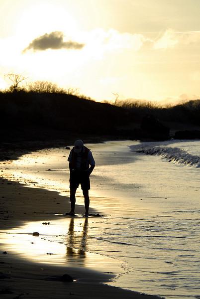 Franklin on Punta Cormorant beach @ sunset-Floreana Island-Galapagos 12-17-2007