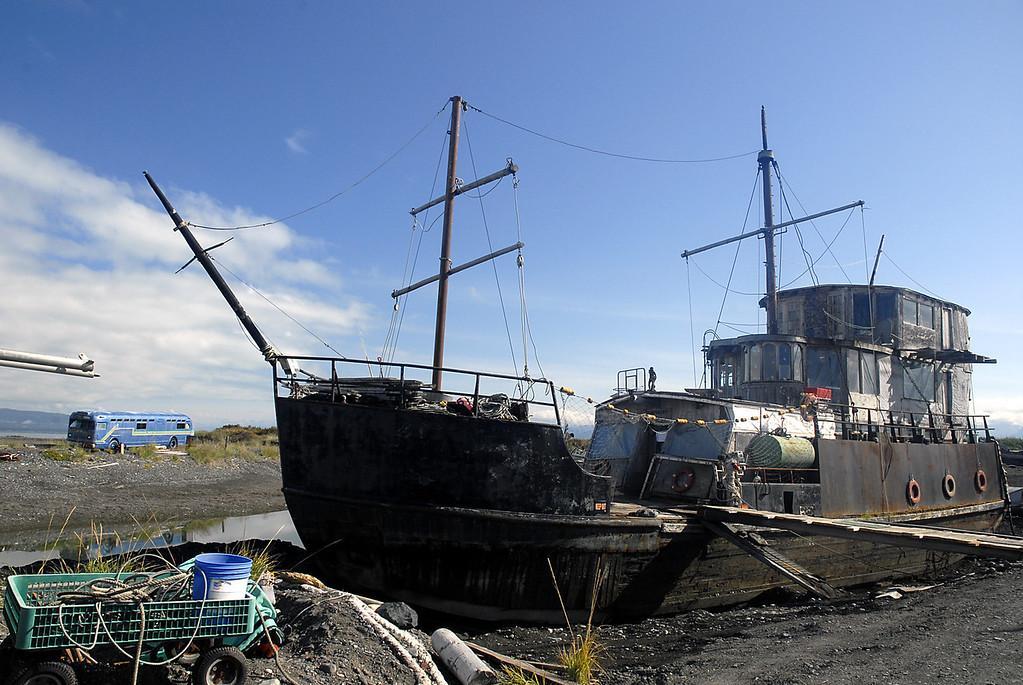 ship-to-shore - Homer Spit, AK 9-1-2007