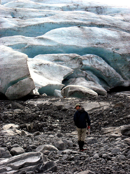 Rob approaching Lawrence Glacier-Prince William Sound, AK 8-30-2007