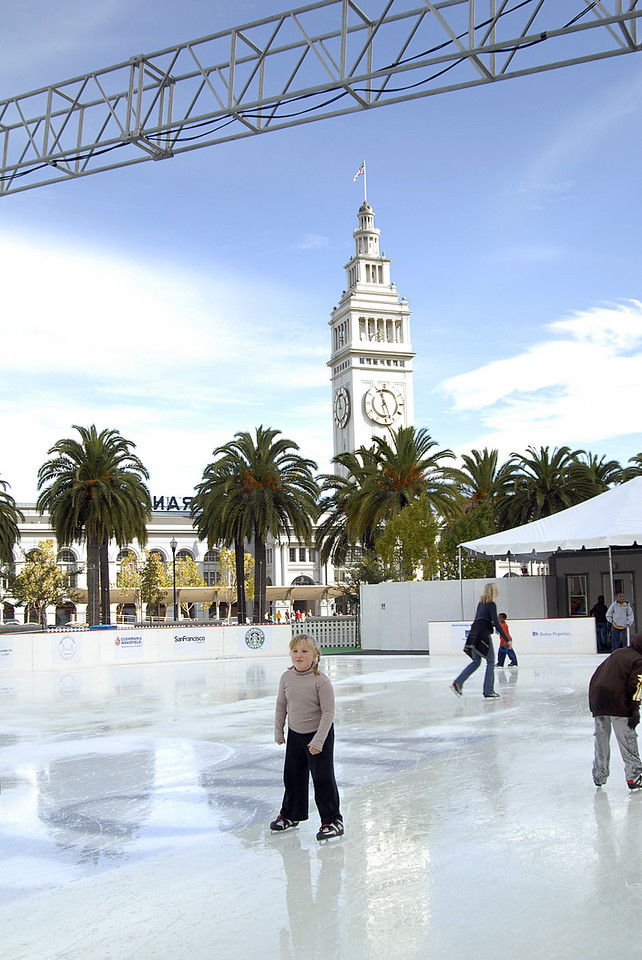 little girl ice skating @ Embarcadero Center-San Francisco, CA 11-12-2007