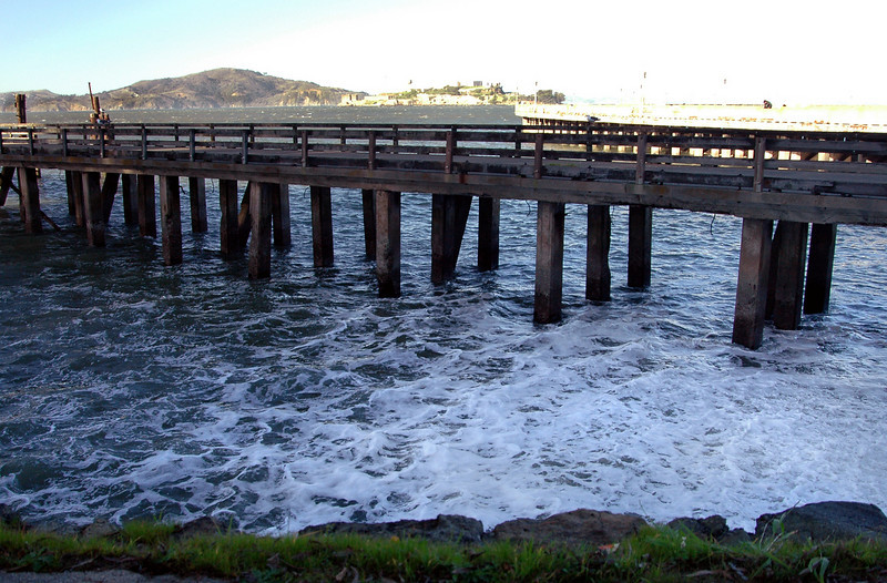 Pumping Station No 2 outflow-San Francisco Bay-Alcatraz 2-14-06