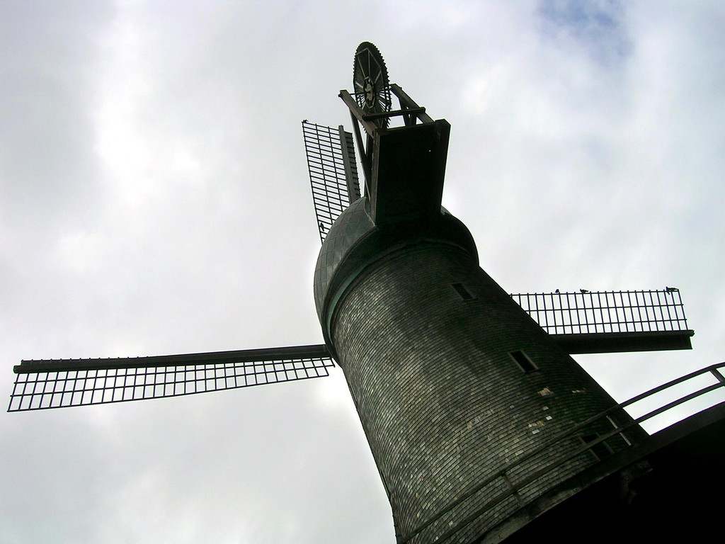 Dutch windmill in Golden Gate Park-San Francisco, CA 3-21-2006