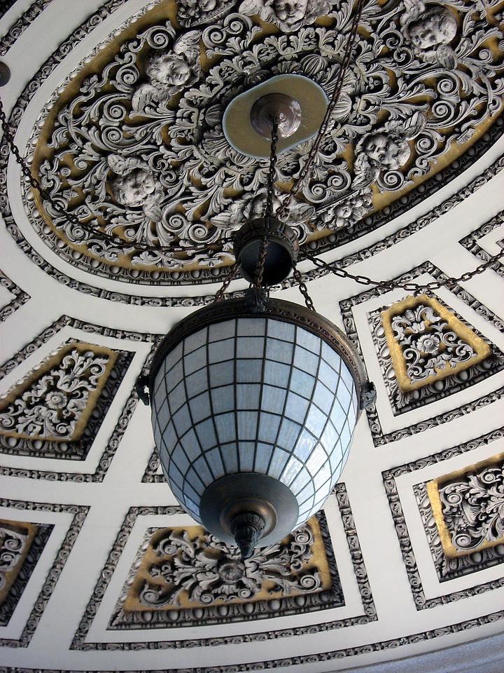 angels in vestibule ceiling-Wells Fargo banking Hall-1 Montgomery, San Francisco 8-2006