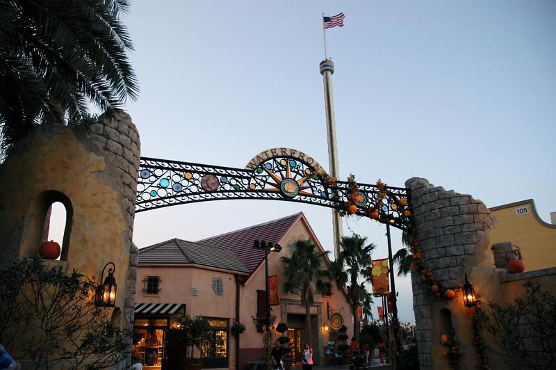 Seaworld gate-Florida 10-12-04