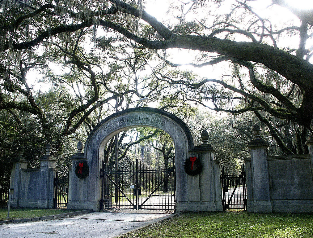 Wormsloe Plantation entry gates on Skidaway Road - Isle of Hope, Georgia - Christmas Day 2002