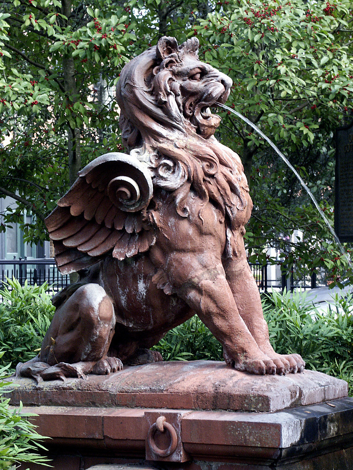 winged lion - Factors Walk, Savannah