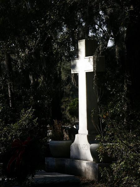 Bonaventure Cemetery - Christmas 2002