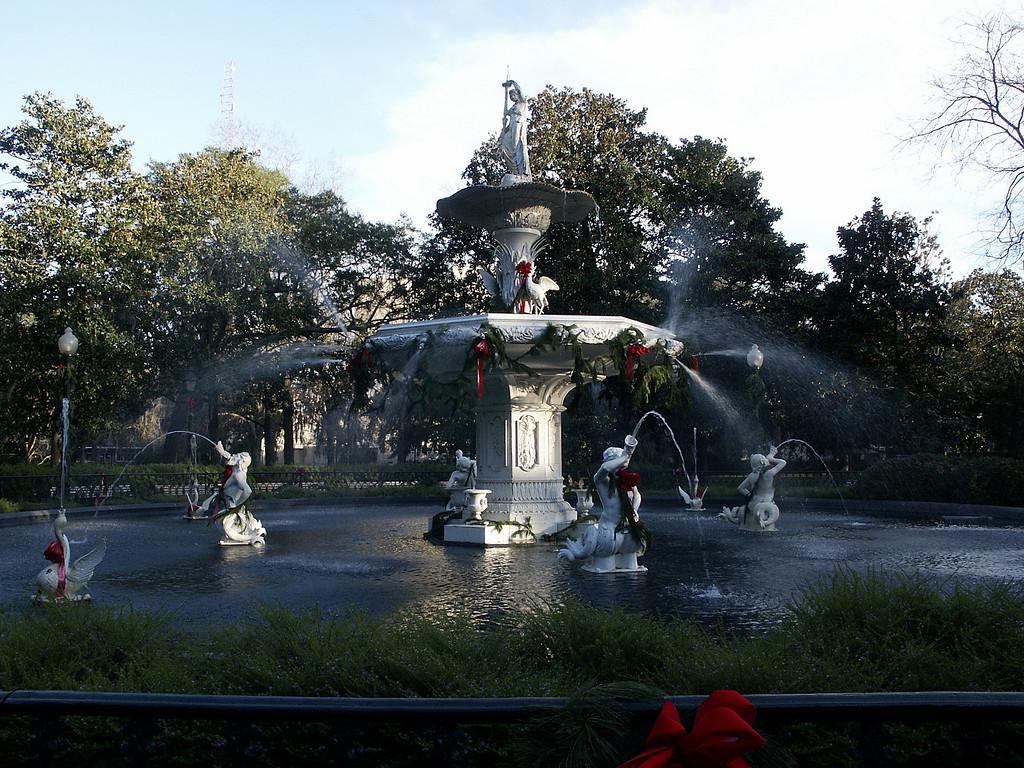Forsyth Park fountain - Savannah 2002