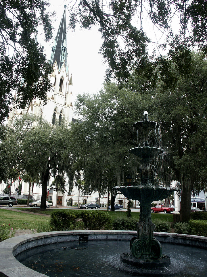Lafayette Square & the Cathedral of St. John the Baptist - Savannah
