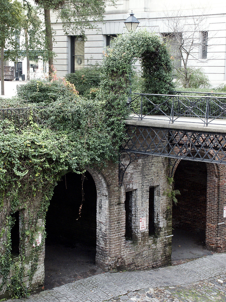 lower level archways - Factors Walk, Savannah
