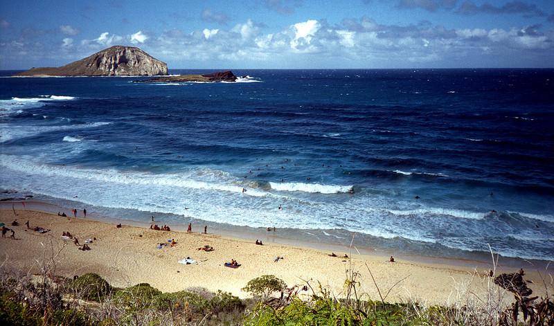 body surfers - eastern O'ahu 1999 July