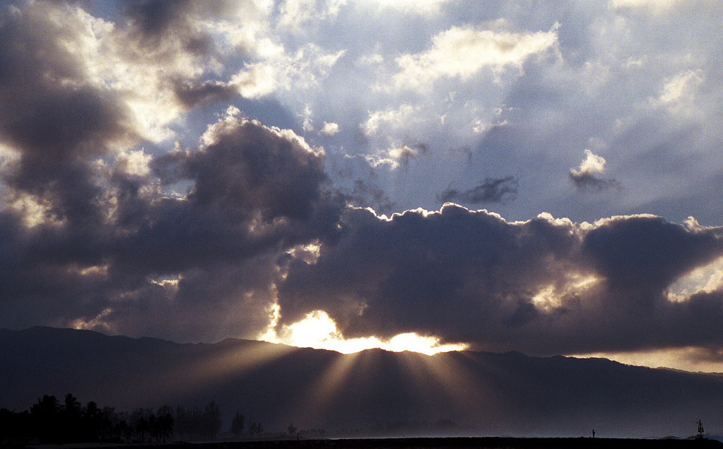 god-rays on Christmas Eve - North Shore of O'ahu 1999