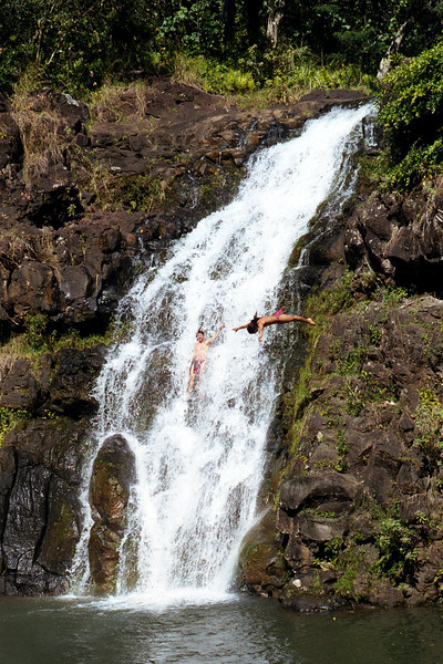 Waimea Valley waterfall cliff divers 1999 Feb